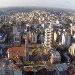 Prefeitura decide contrariar governador e abrirá comércio na segunda-feira no RS