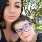Polícia retira da cidade mulher que confessou morte do filho após ameaça de linchamento