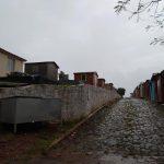Polícia surpreende vândalos em cemitério onde ocorriam cenas de sexo explícito