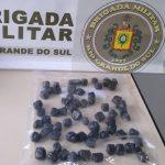 Jovens de 18 e 20 anos são presos por tráfico de drogas em Três Passos