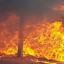 Com ciúmes, mulher coloca fogo na carroça do marido